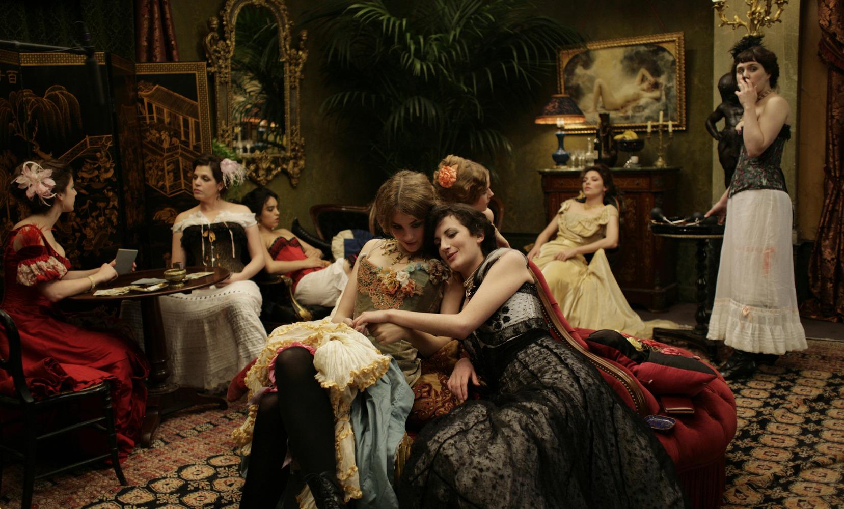 Critique : L\'Apollonide – Souvenirs de la maison close, un film de ...