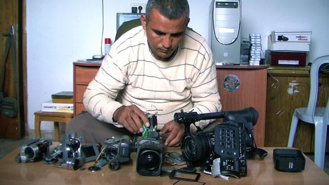 5_Broken_Cameras.jpg