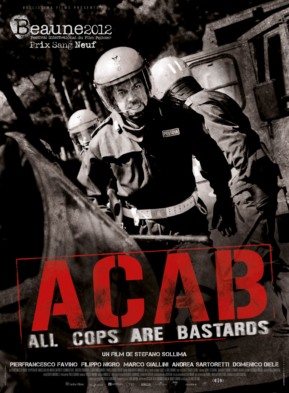 Filme Skinhead within critique : acab – all cops are bastards, un film de stefano