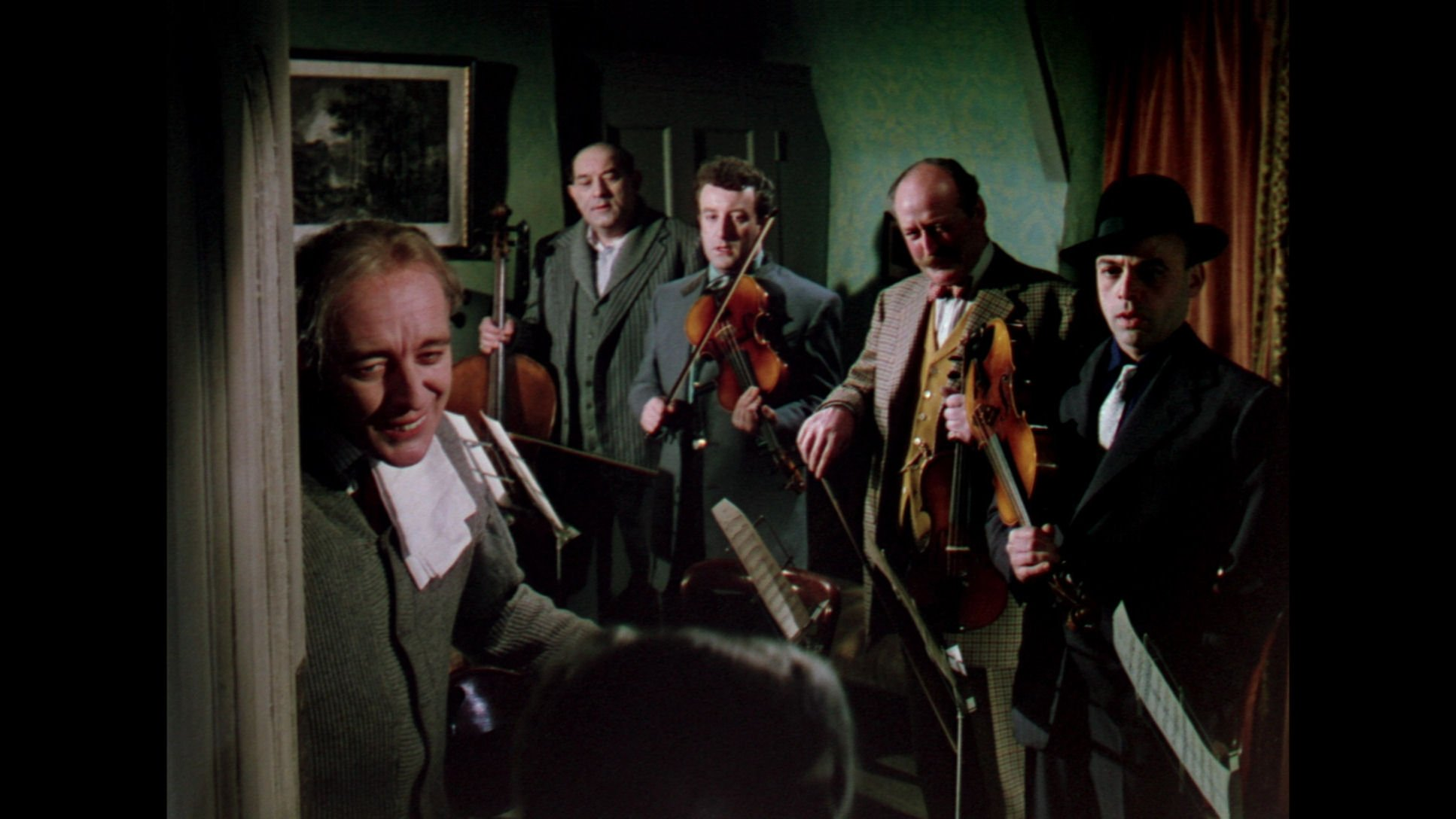 Critique : Tueurs de dames, un film d'Alexander ... Alec Guinness