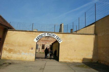 «Le Führer offre une ville aux Juifs» – à propos de Theresienstadt