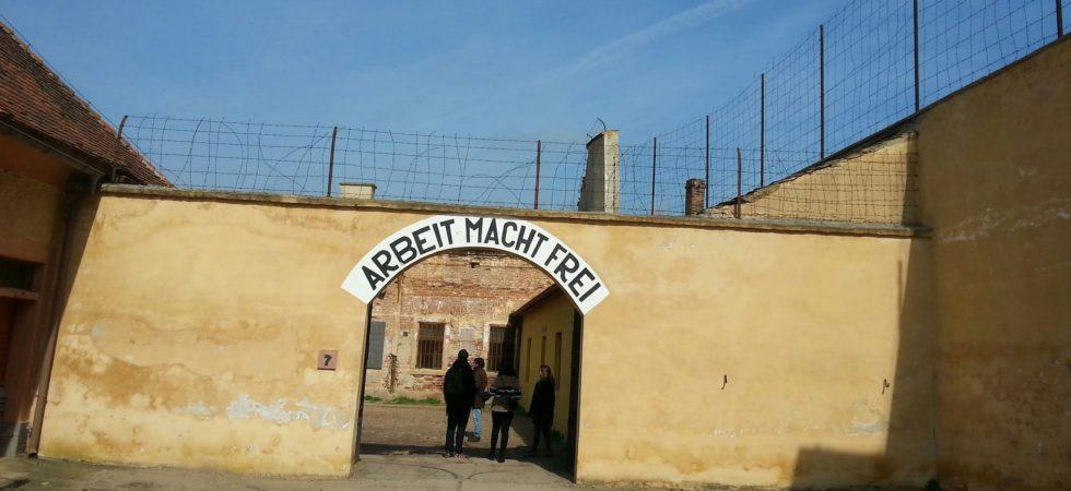 «Le Führer offre une ville aux Juifs» – à propos de Theresienstadt et du cinéma nazi propagandiste