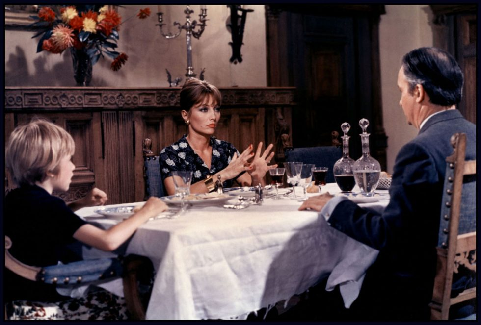 analyse la femme infid le un film de claude chabrol. Black Bedroom Furniture Sets. Home Design Ideas
